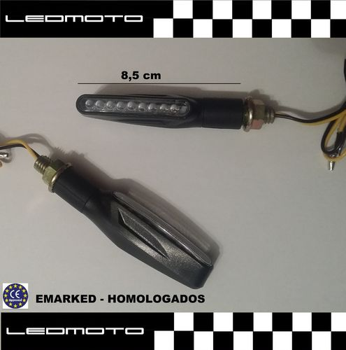 Pareja de intermitentes led homologados. Color: negro (Mod.F12)